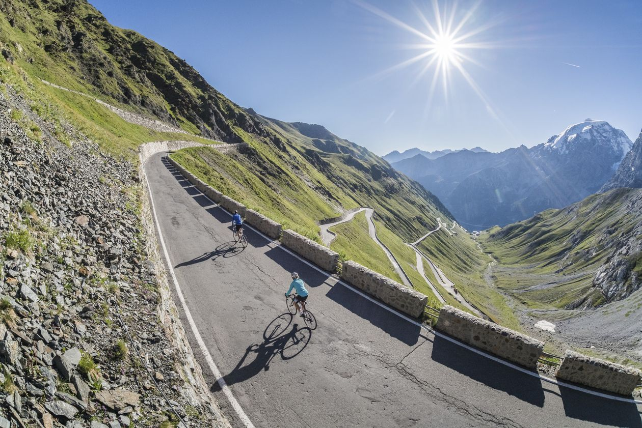 Stelvio Pass racing bike Venosta Valley South Tyrol bike tour